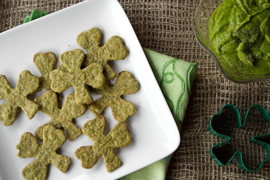 Shamrock Spinach Crackers